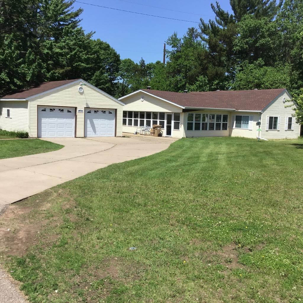 2614 Western Property Photo - Eau Claire, WI real estate listing