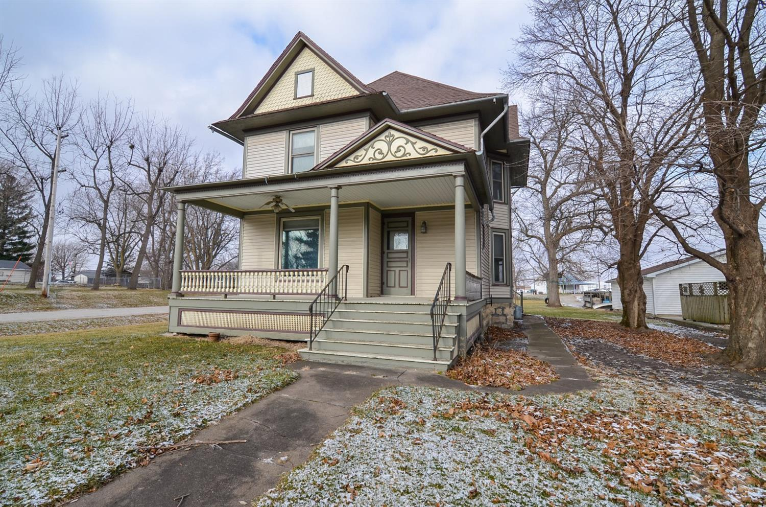 105 Jefferson Property Photo - Montezuma, IA real estate listing