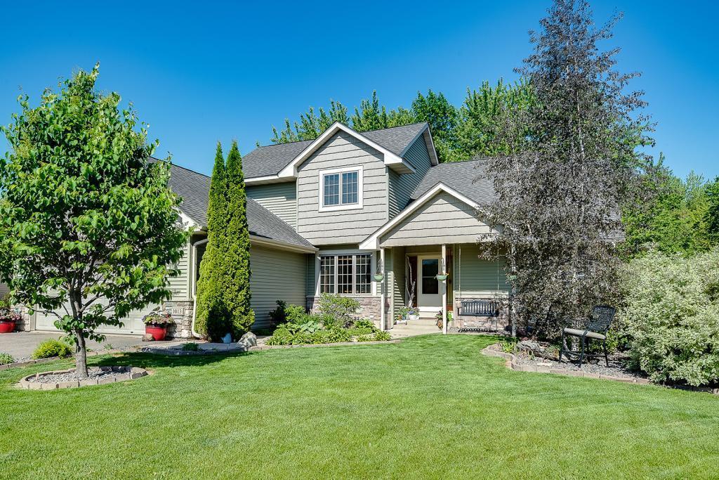 1013 Prairie Ridge Lane Property Photo - Lester Prairie, MN real estate listing