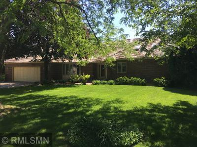 10215 27th N Property Photo - Plymouth, MN real estate listing