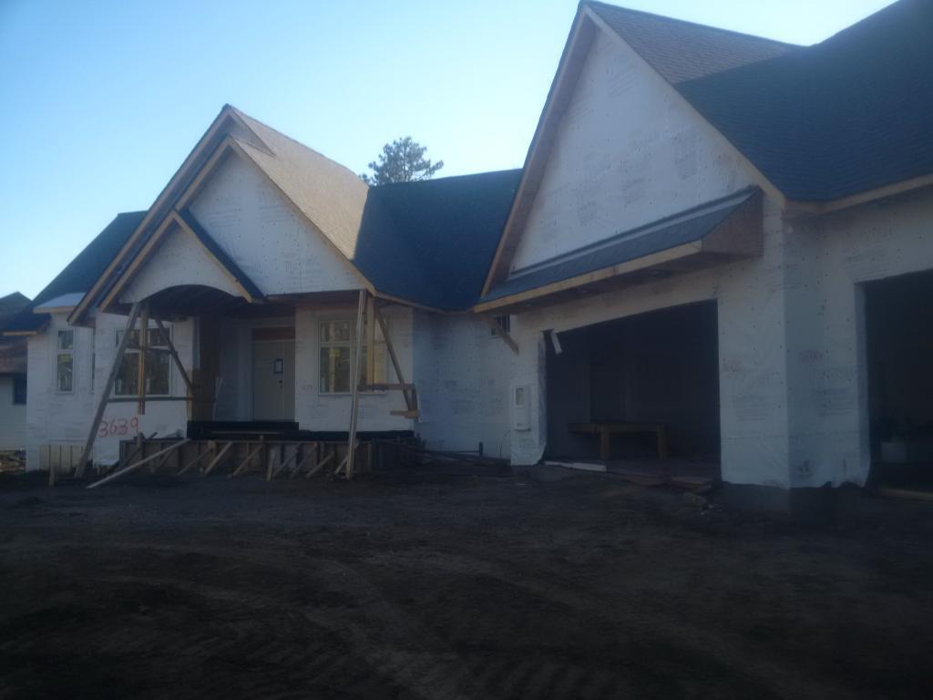 3639 Regal Oak Property Photo