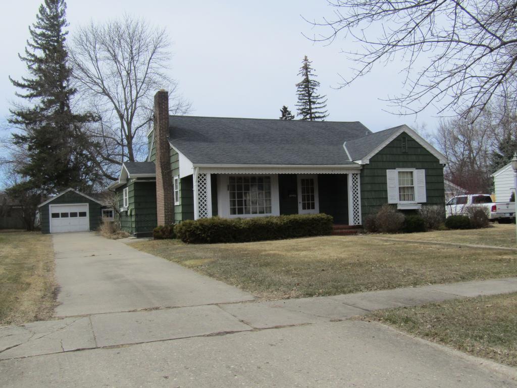 602 10th S Property Photo - Benson, MN real estate listing