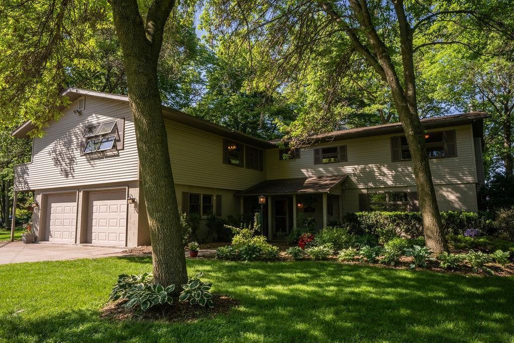 816 Colan Boulevard Property Photo - Rice Lake, WI real estate listing
