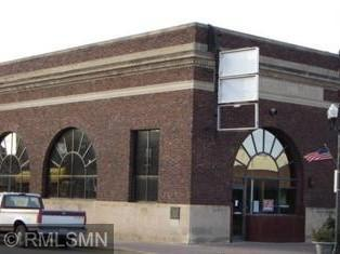145 Main St S Property Photo - Cambridge, MN real estate listing