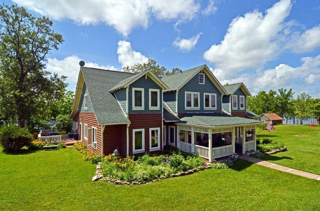 6821 Golf Course Road #w Property Photo
