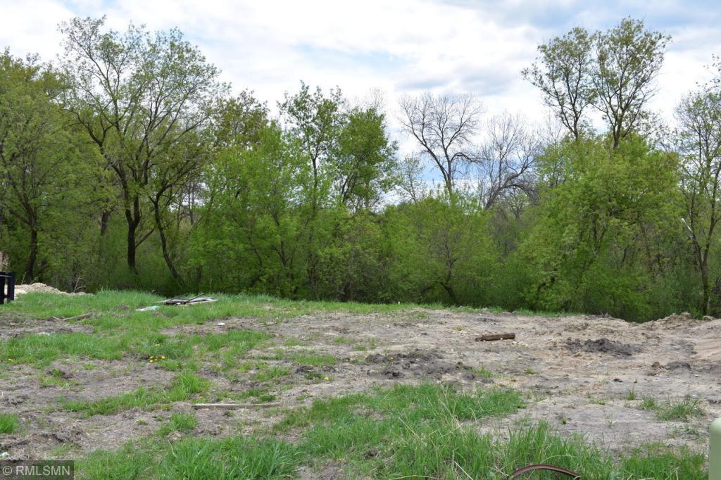 2404 Woods Drive Property Photo