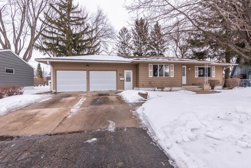 852 13th SE Property Photo - Rochester, MN real estate listing