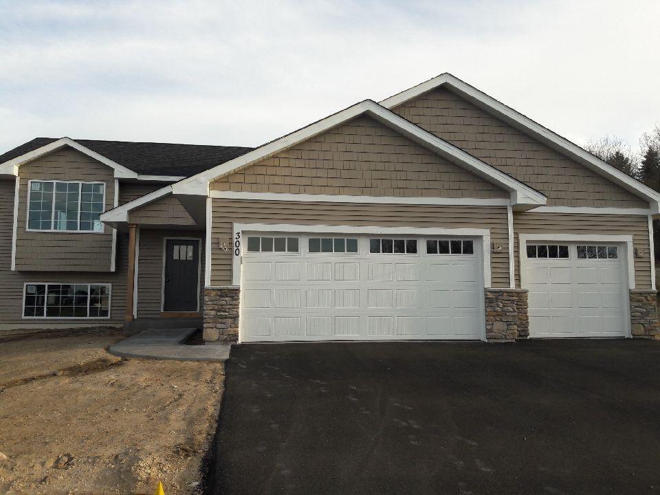 300 Dakota Avenue Property Photo - Roberts, WI real estate listing