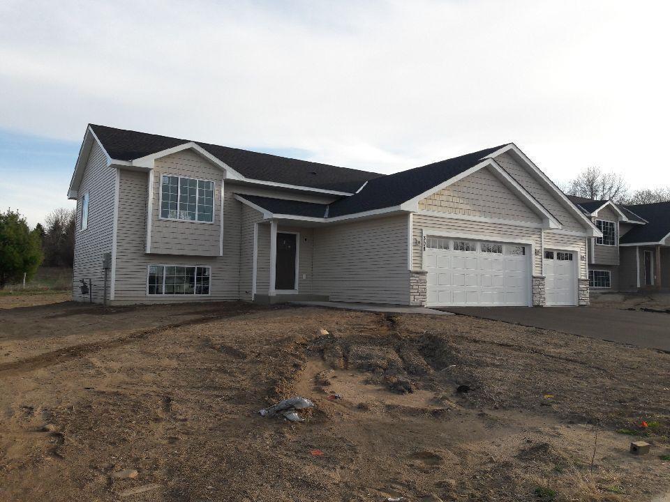 308 Dakota Avenue Property Photo - Roberts, WI real estate listing