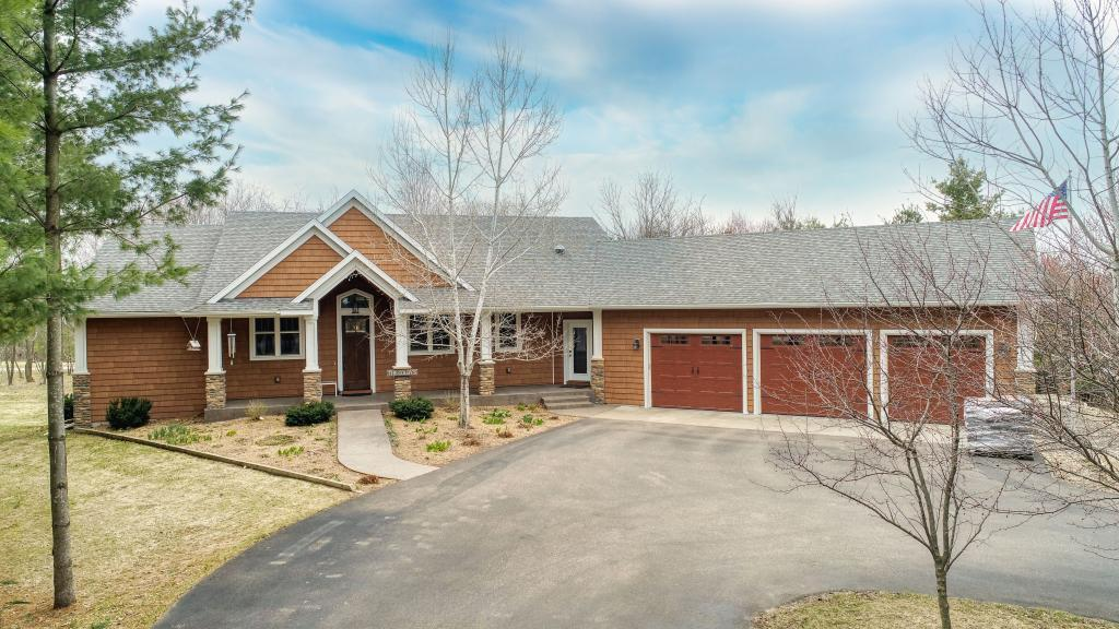 W13334 Golf View Drive Property Photo - Sumner Twp, WI real estate listing
