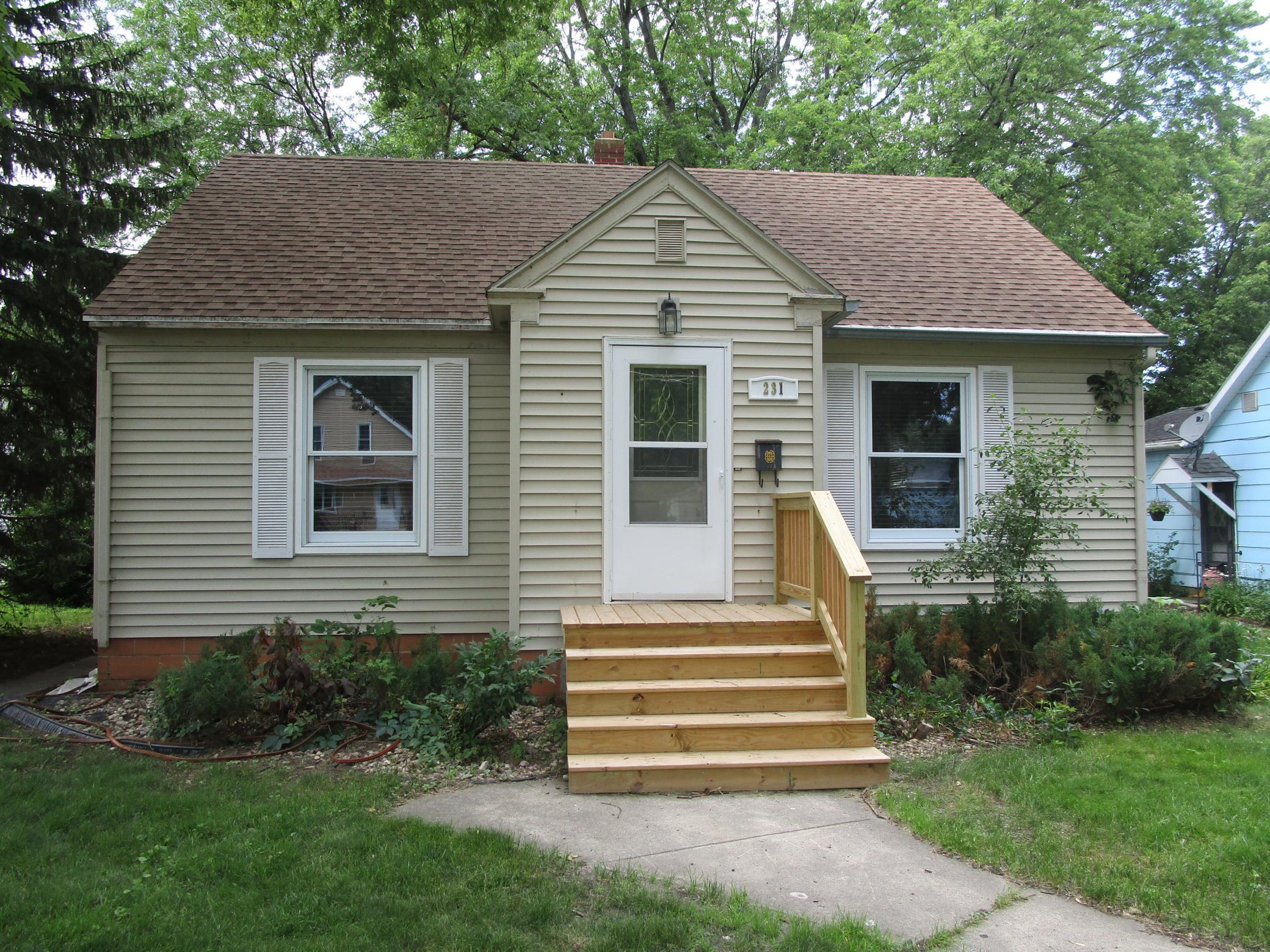 231 S Hering Street Property Photo - Appleton, MN real estate listing