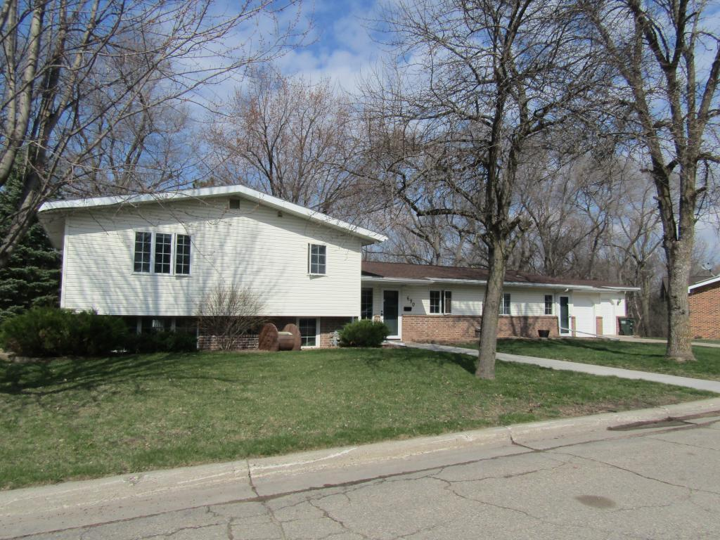 690 8th Property Photo - Granite Falls, MN real estate listing