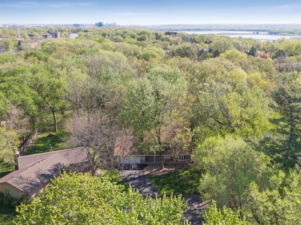 9431 Riverview Circle S Property Photo - Bloomington, MN real estate listing