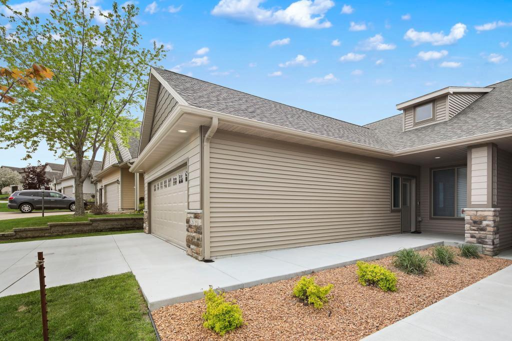 2567 Superior NW Property Photo - Rochester, MN real estate listing
