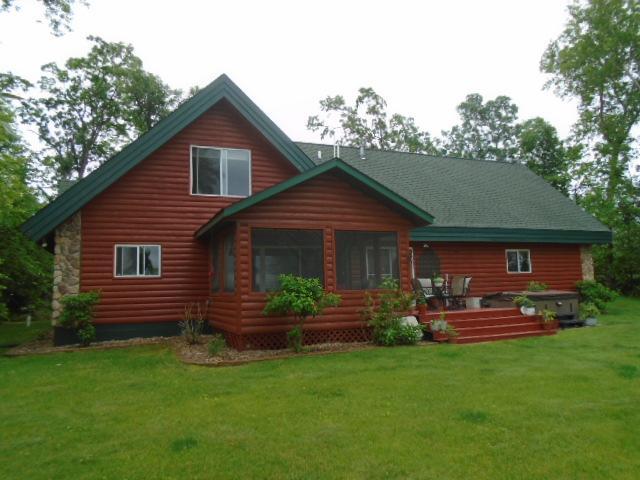 6810 Ojibwa Property Photo