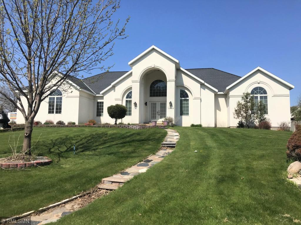 1800 Country Club Drive Ne Property Photo
