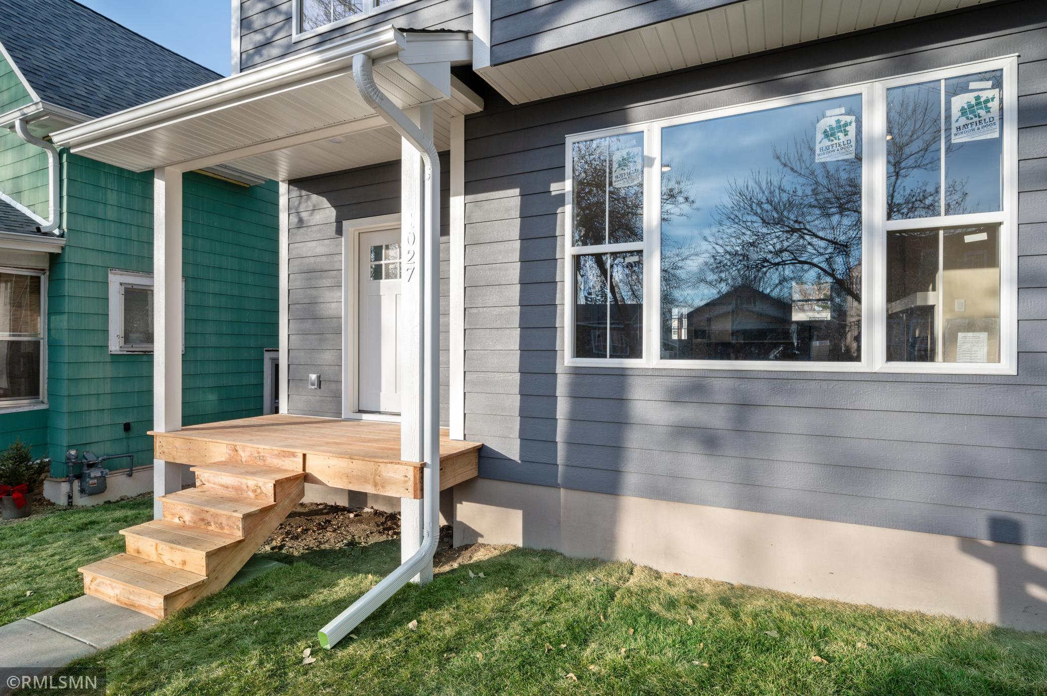 1027 Iglehart Avenue Property Photo