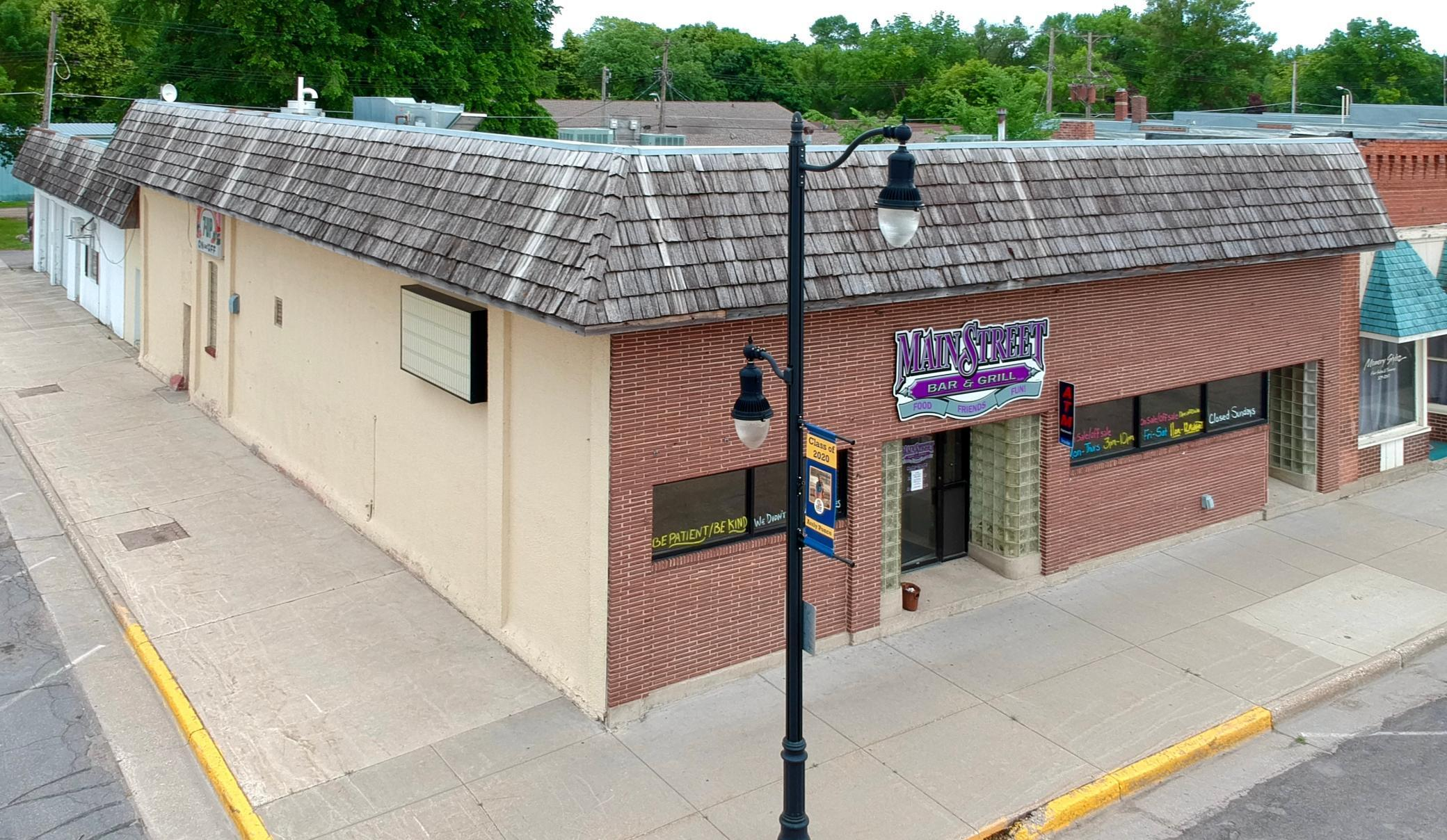 345 N Main Street Property Photo - Renville, MN real estate listing