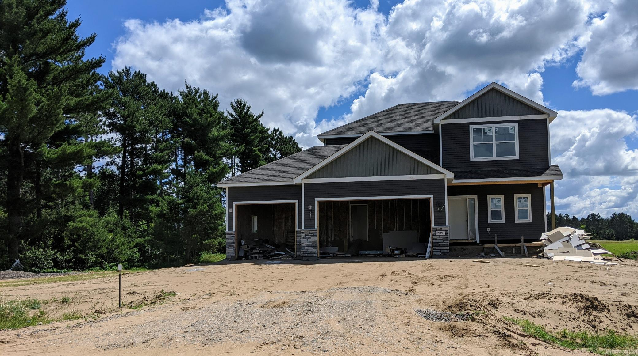 39191 Fawn Avenue Property Photo - North Branch, MN real estate listing