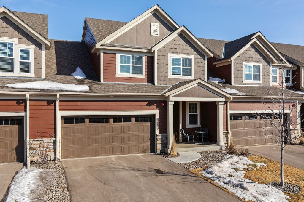 18119 Glassfern Property Photo - Lakeville, MN real estate listing