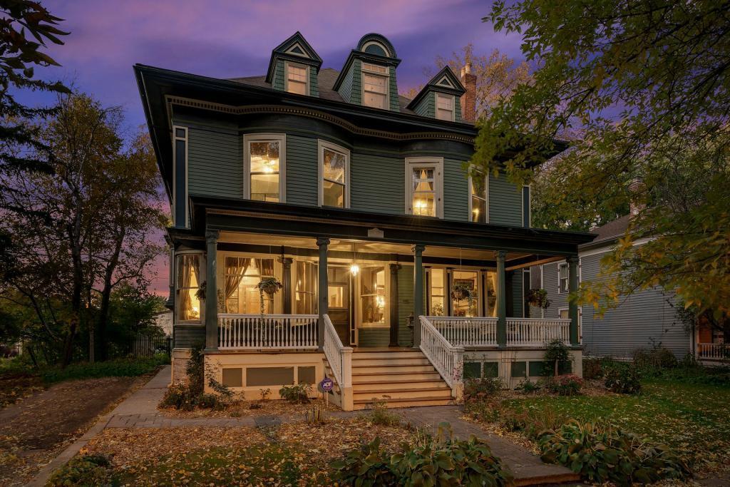 469 Laurel Avenue Property Photo