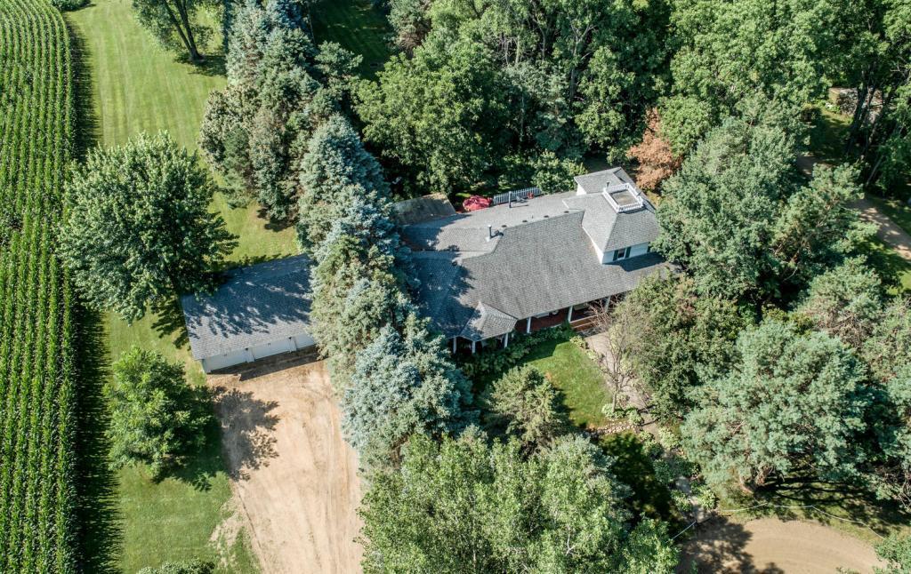 24797 Essex Avenue Property Photo - Farmington, MN real estate listing