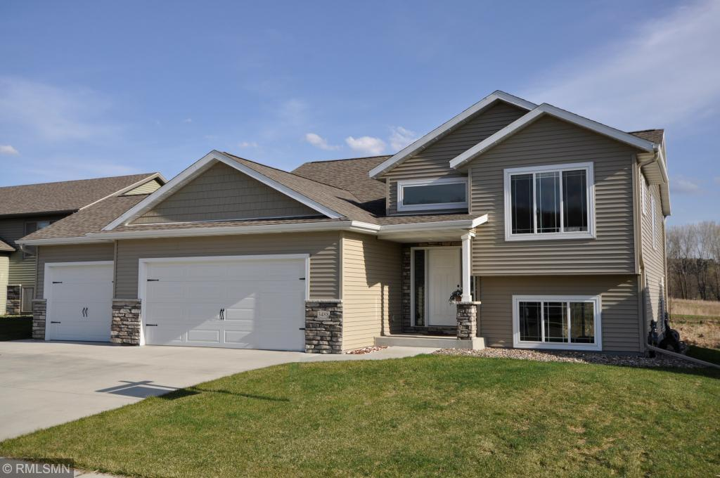 3488 Bridgeview Drive Property Photo - Rochester, MN real estate listing