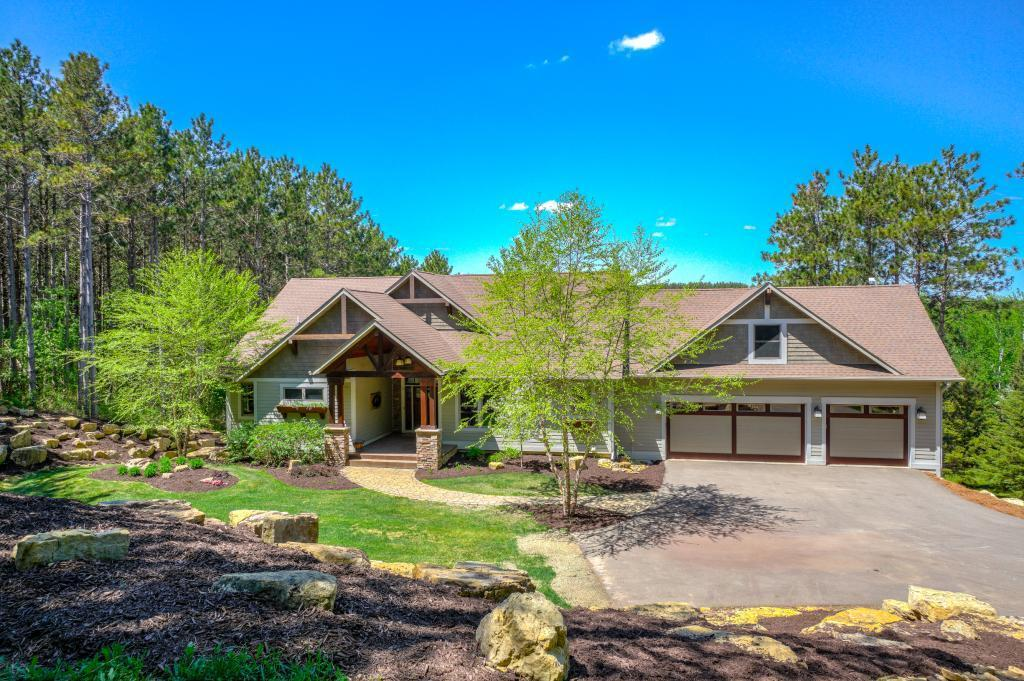 54021 Real Estate Listings Main Image