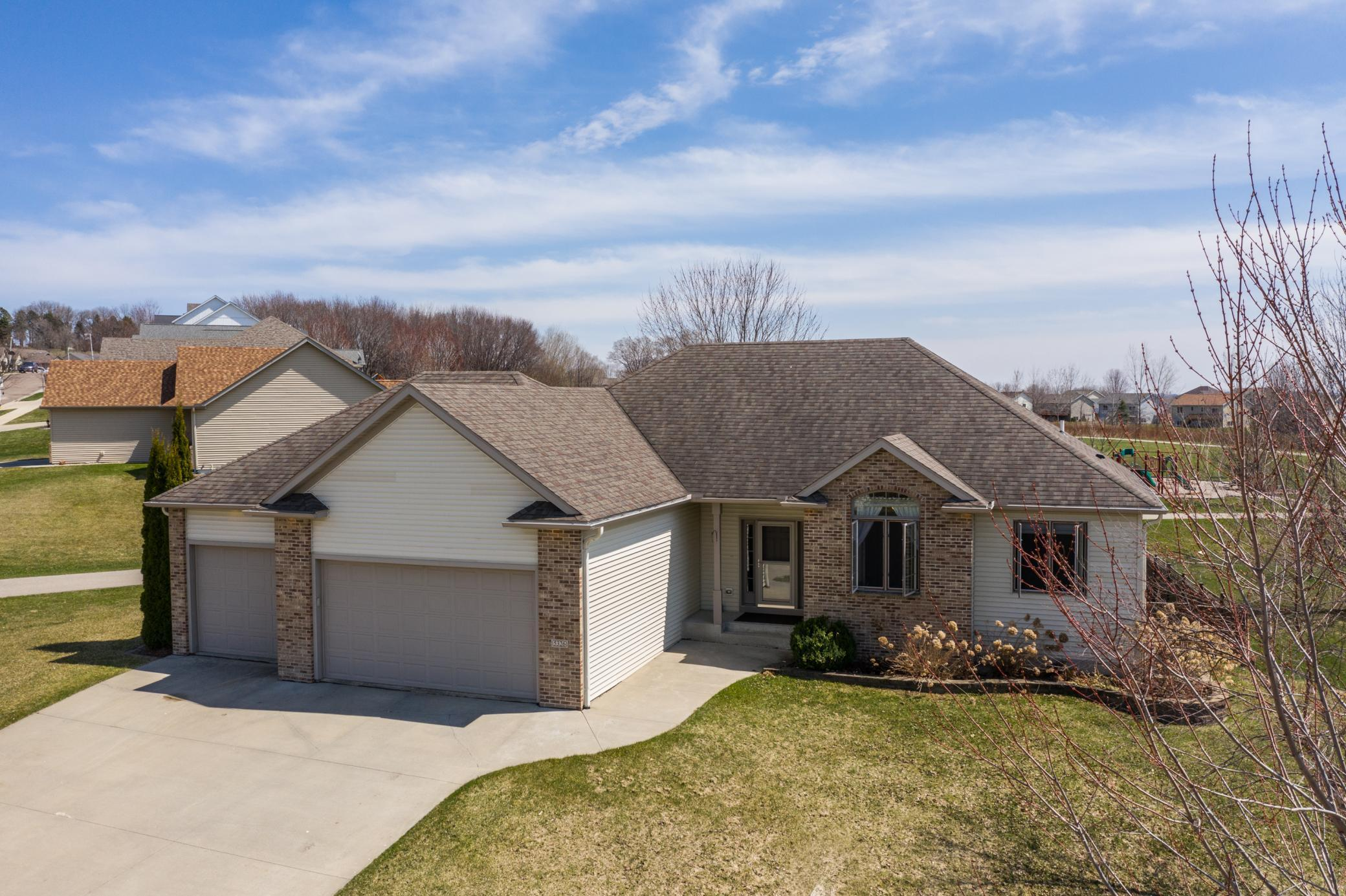 5326 Ridgeview NW Property Photo - Rochester, MN real estate listing