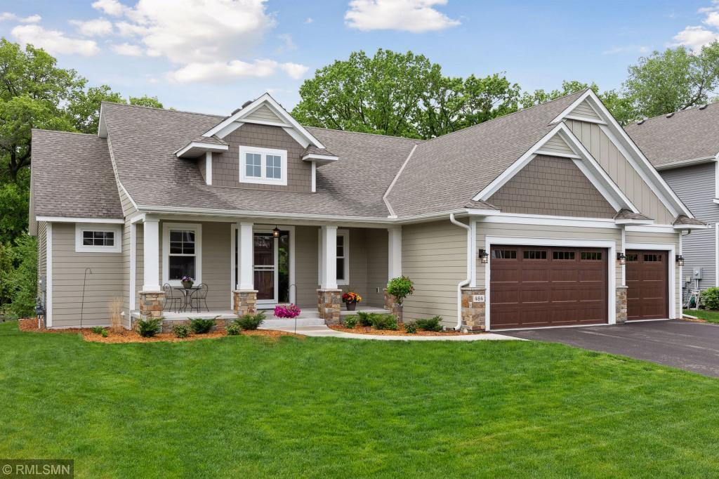 484 W Shore Court Property Photo - Shoreview, MN real estate listing