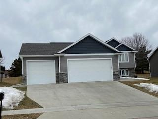 884 Brighton Drive NW Property Photo - Rochester, MN real estate listing