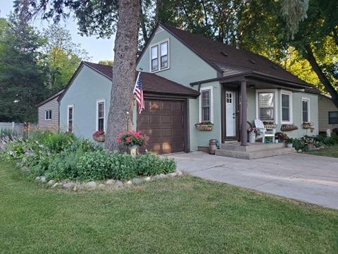 310 2nd Ave SE Property Photo - Norwood Young America, MN real estate listing