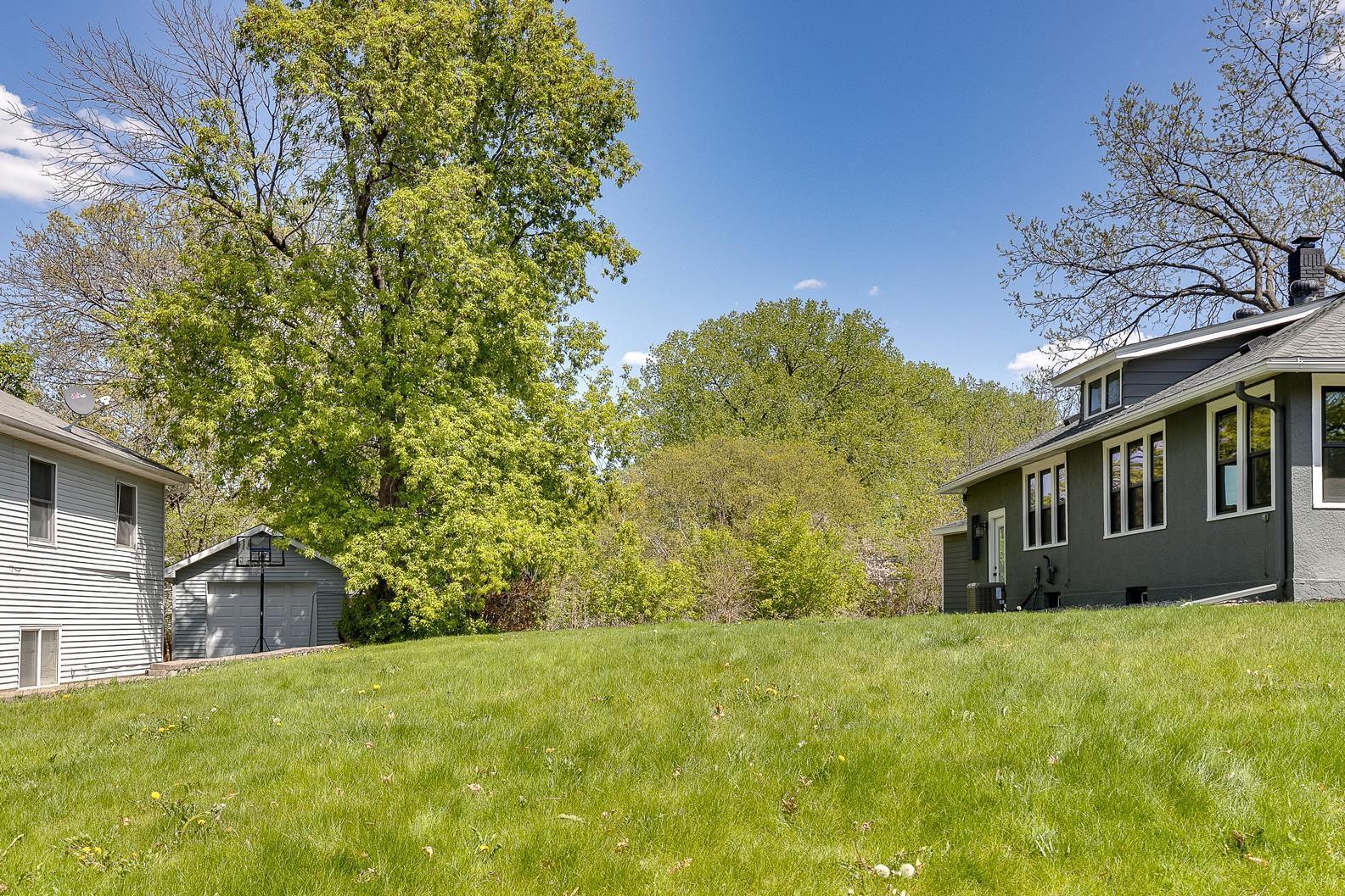 5xx Ardmore Drive Property Photo - Golden Valley, MN real estate listing