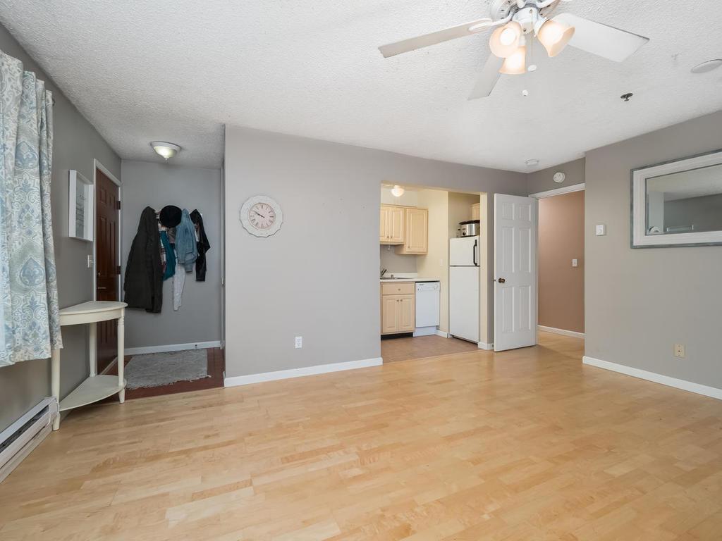 2110 Ridge #12 Property Photo