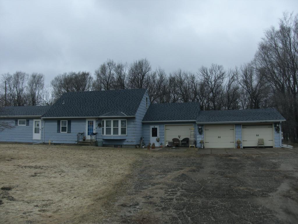 1819 COUNTY ROAD 31 Property Photo - Russell, MN real estate listing