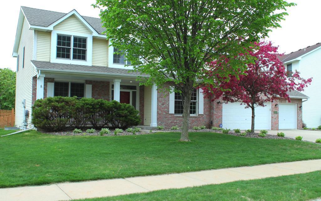 1505 Covington Lane Property Photo - Eagan, MN real estate listing