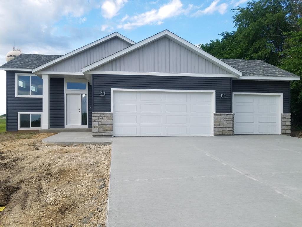 412 9th W Property Photo - Mantorville, MN real estate listing