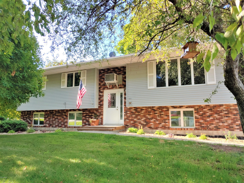 209 2nd W Property Photo - Brandon, MN real estate listing
