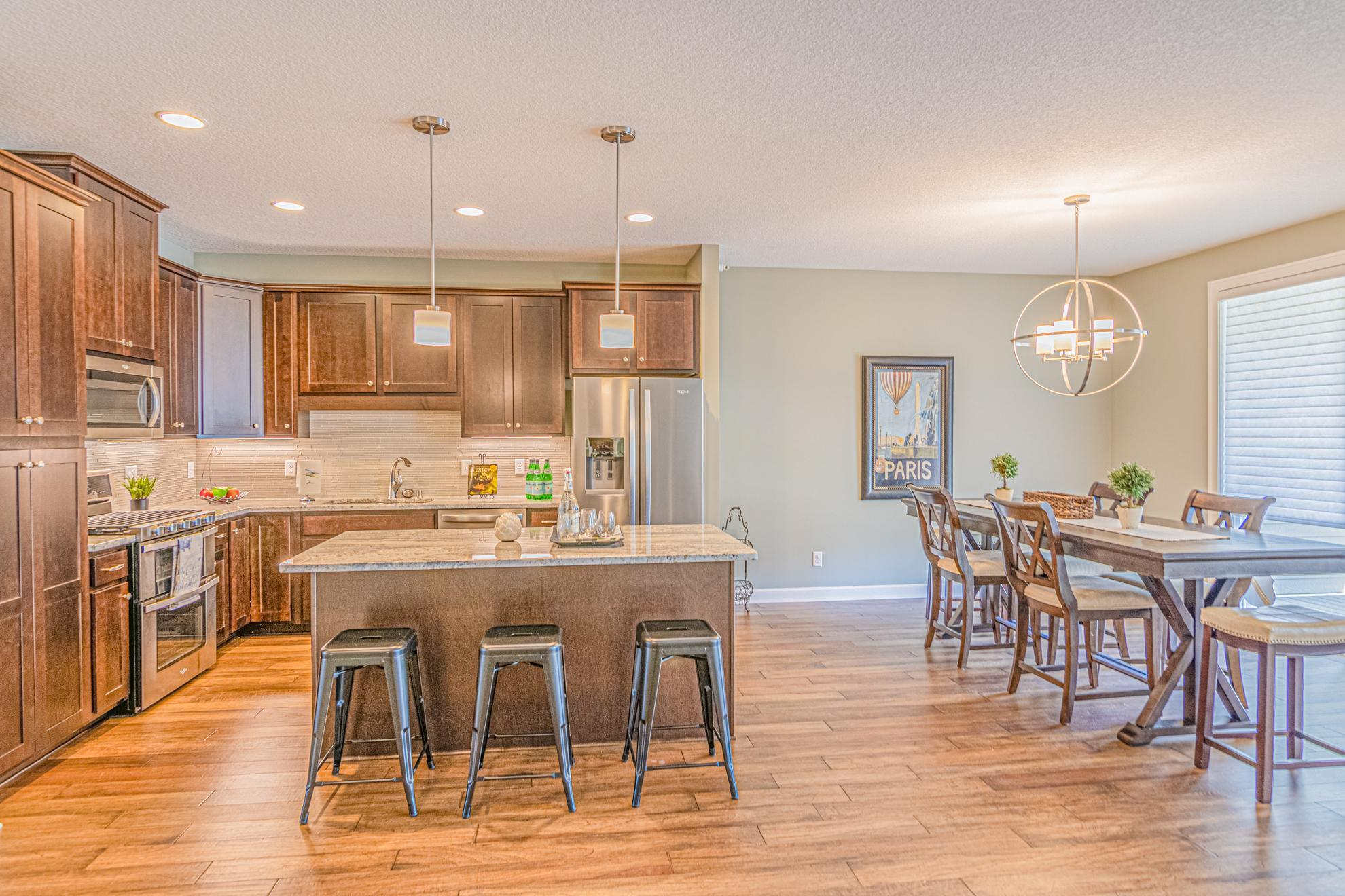 634 Lovell Avenue W Property Photo - Roseville, MN real estate listing