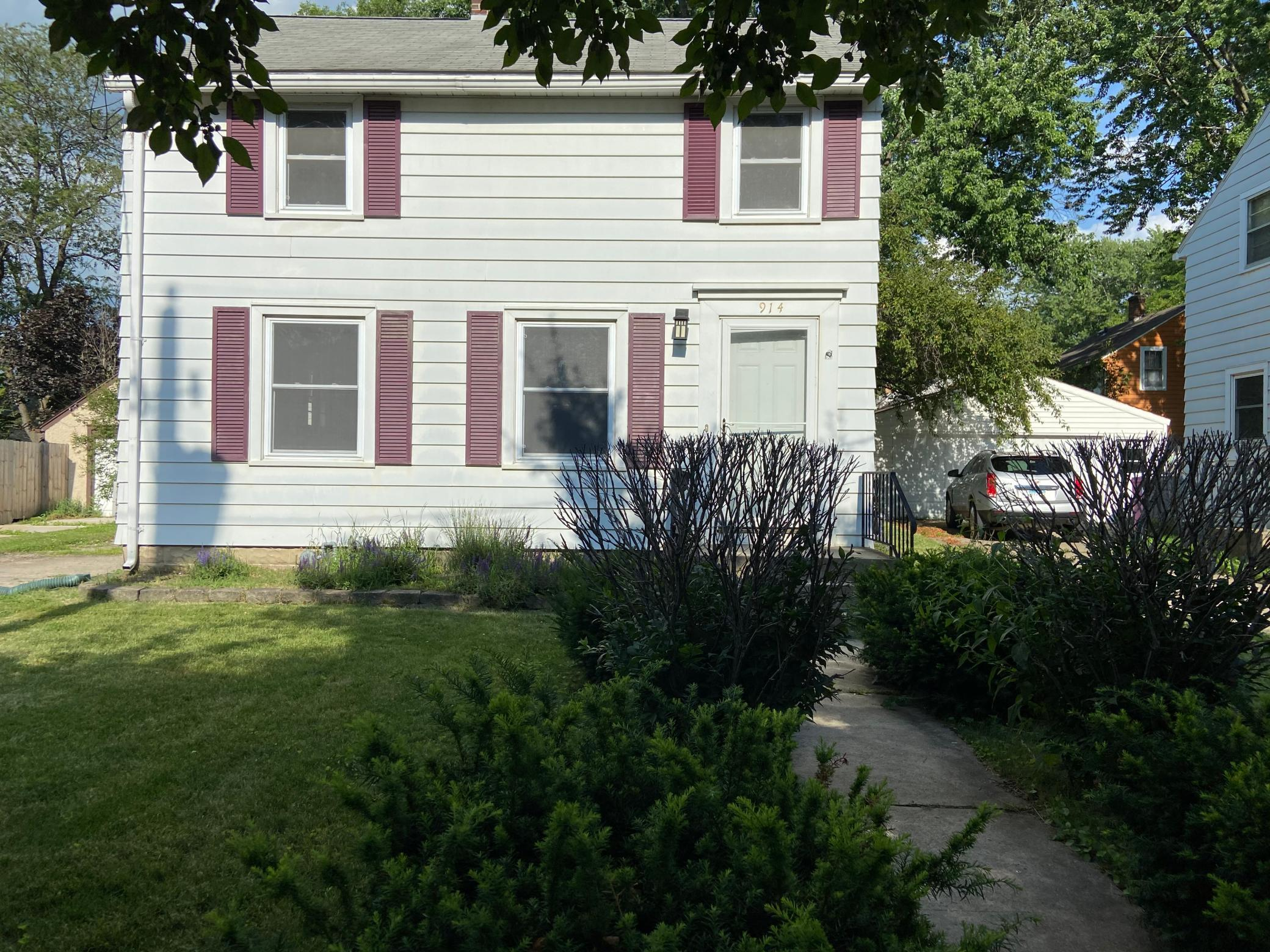 914 9th SE Property Photo - Rochester, MN real estate listing