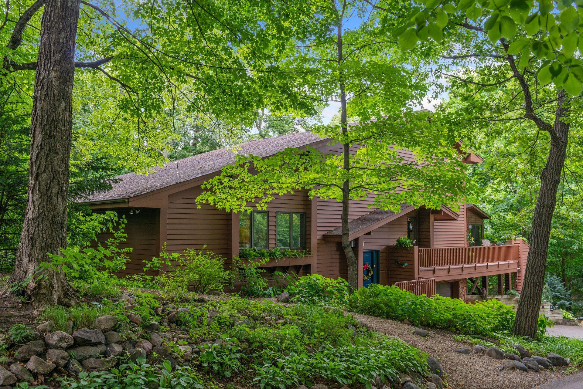 20614 Linwood Road Property Photo - Deephaven, MN real estate listing
