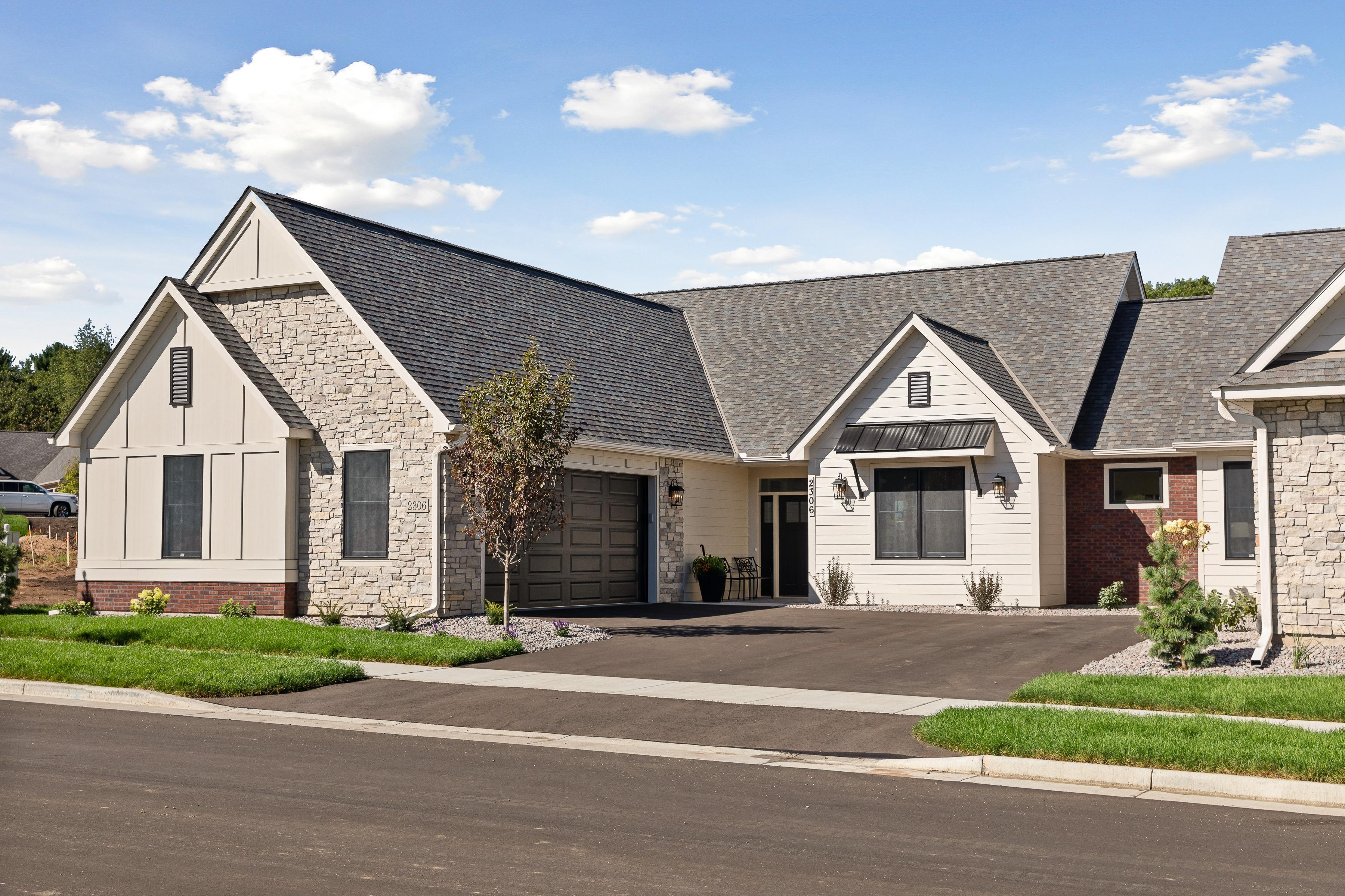 2306 Simply Living Lane Property Photo