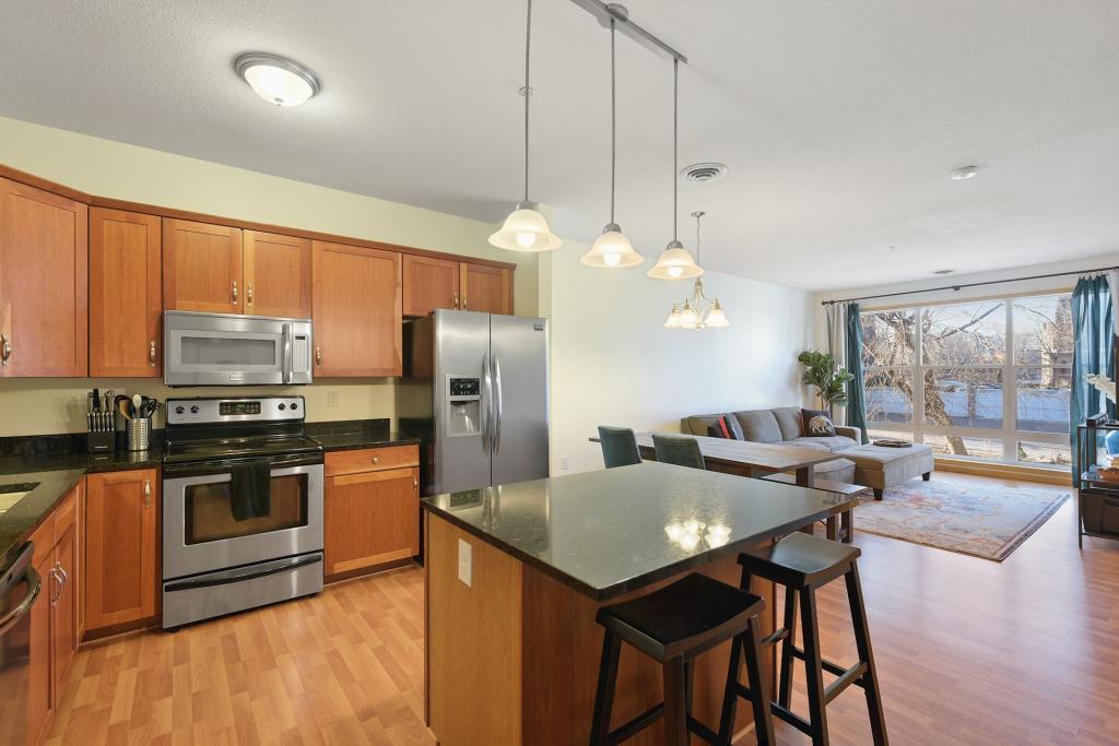 301 Oak Grove Real Estate Listings Main Image