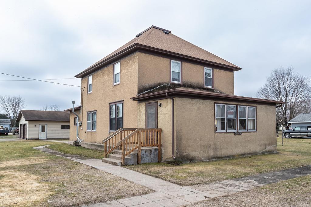 200 Smith Property Photo - Kellogg, MN real estate listing