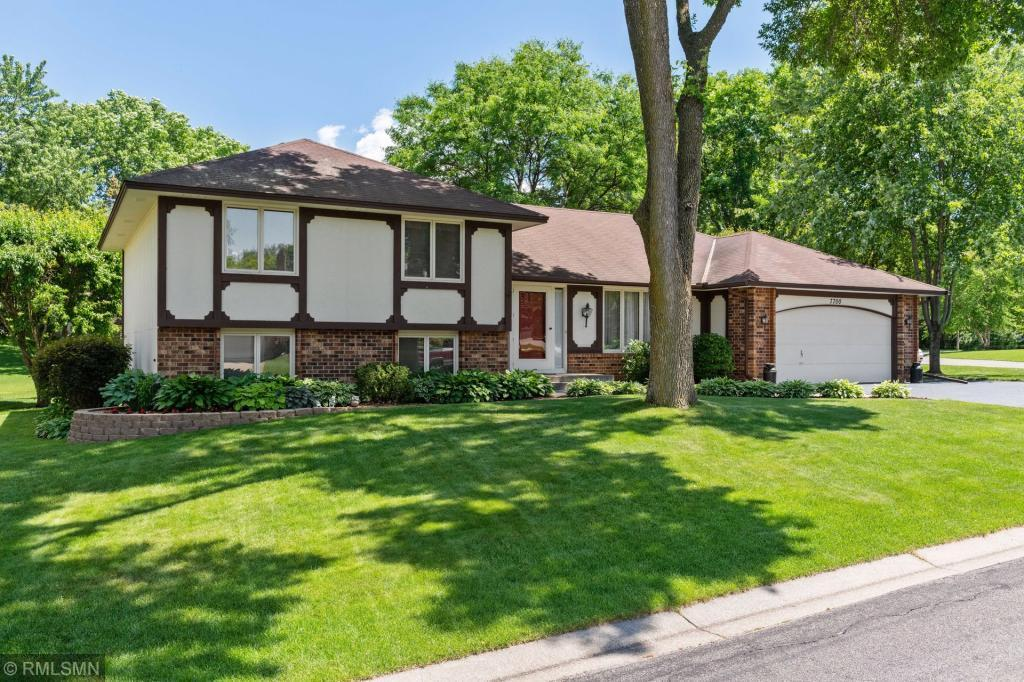 7700 85th Street Property Photo - Bloomington, MN real estate listing