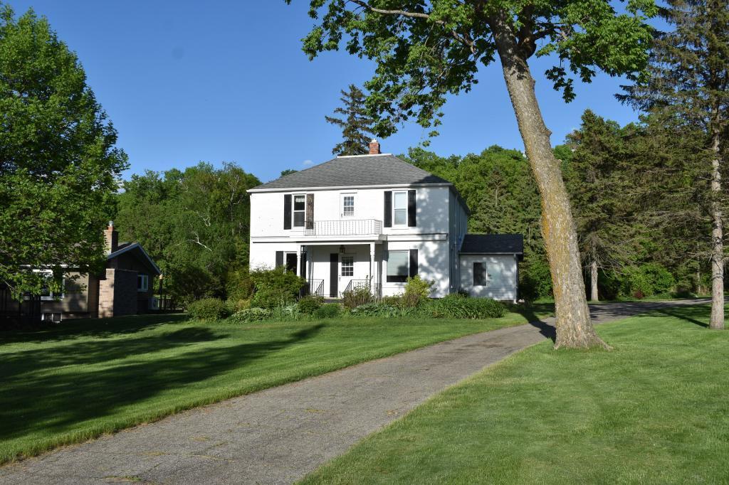 18736 Lakeshore Property Photo - Glenwood, MN real estate listing