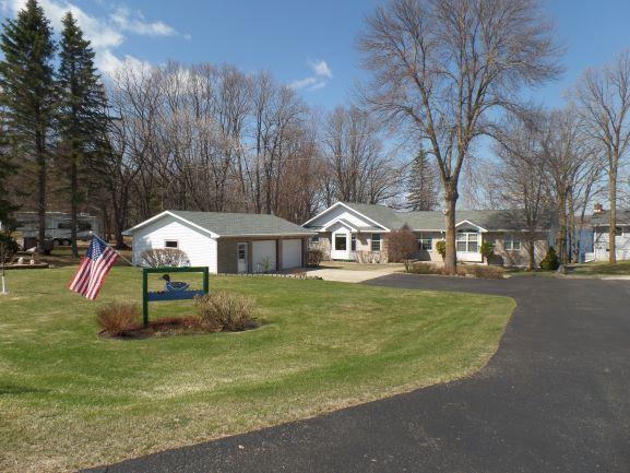 43927 Paul Lake Property Photo