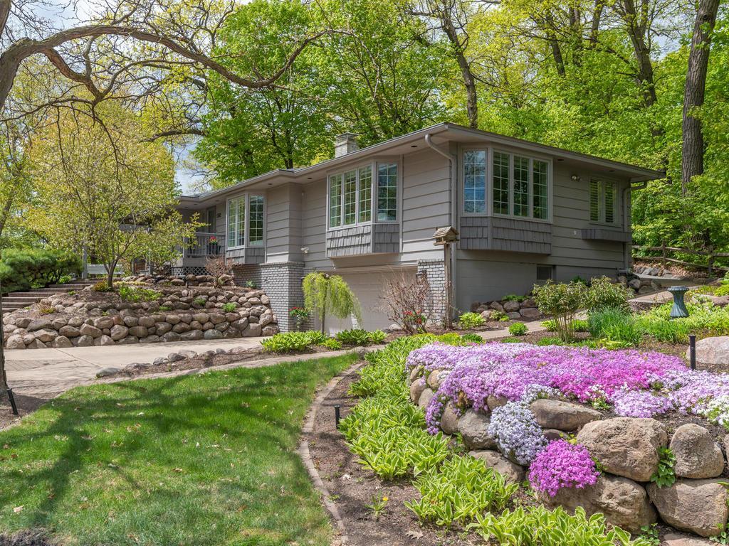 5562 Sherwood Property Photo