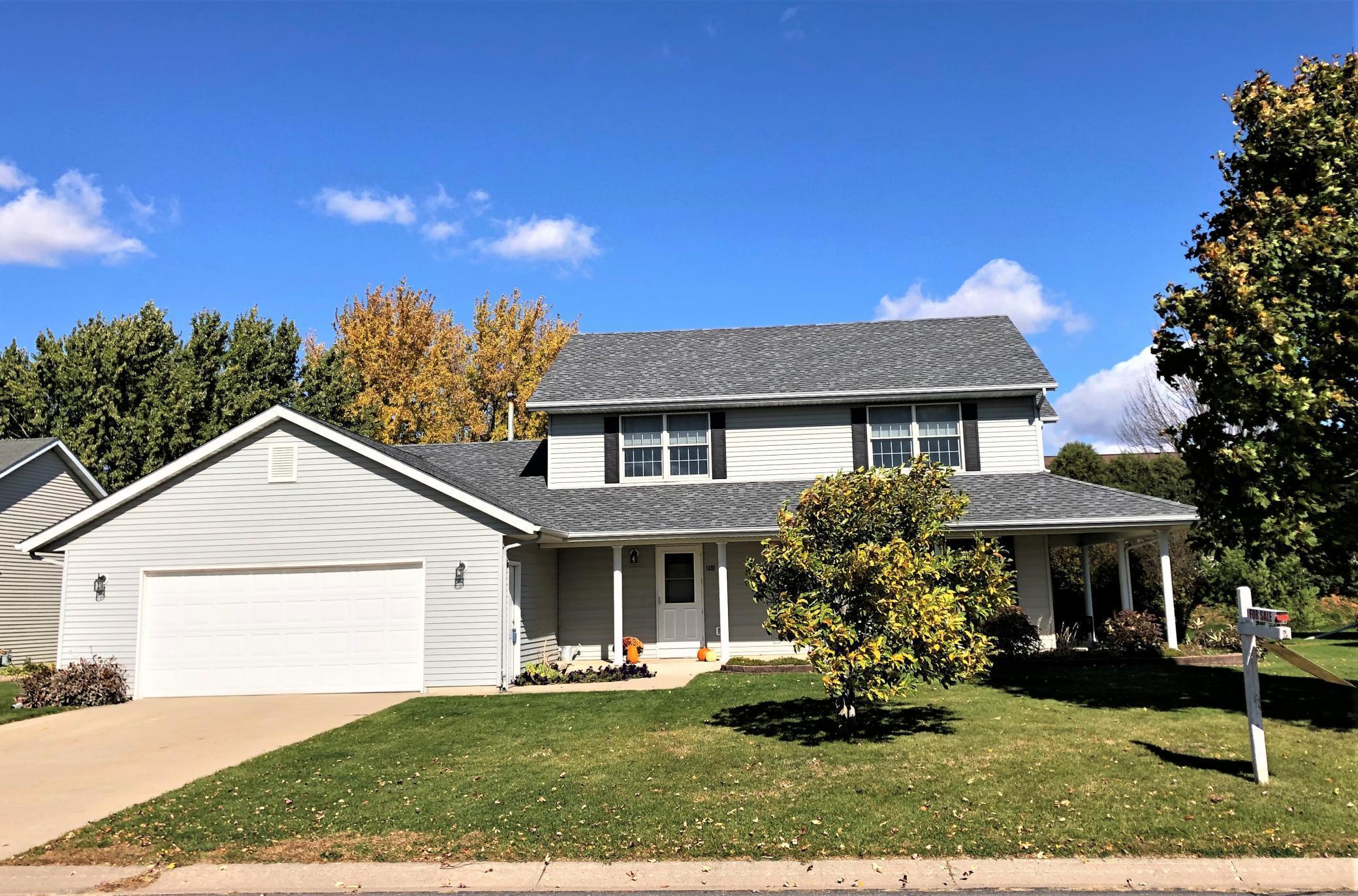 280 5th Avenue SE Property Photo - Plainview, MN real estate listing