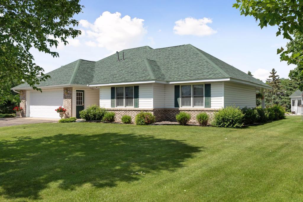 425 Laurel Property Photo